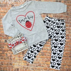 Other - Girls LOVE Bug Valentines Day 3pc Outfit